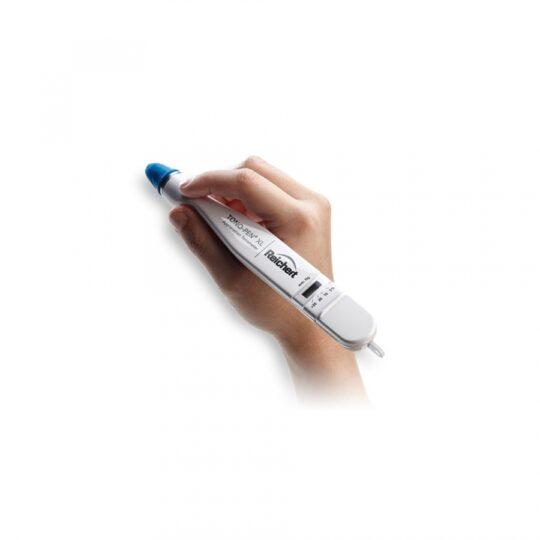 Est un instrument portable facile à utiliser qui fournit des lectures IOP en corrélation étroite avec la tonométrie Goldmann.